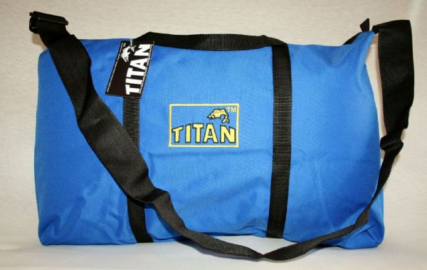 BRAND NEW Titan Matchman ™ Original Fish Bag
